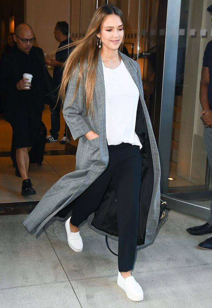 f4b79bb97d2f42 Jessica Alba s style over the years has given us both outfit ideas and  outfit envy. See her best looks ever here.