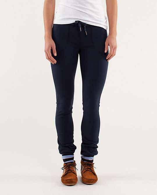 0cc7221f667e5 Skinny Will Pant with Socks and moccasins | Lululemon looks | Pants ...
