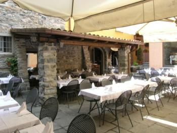 An other view of the outside. Ristorante Antico Pozzo