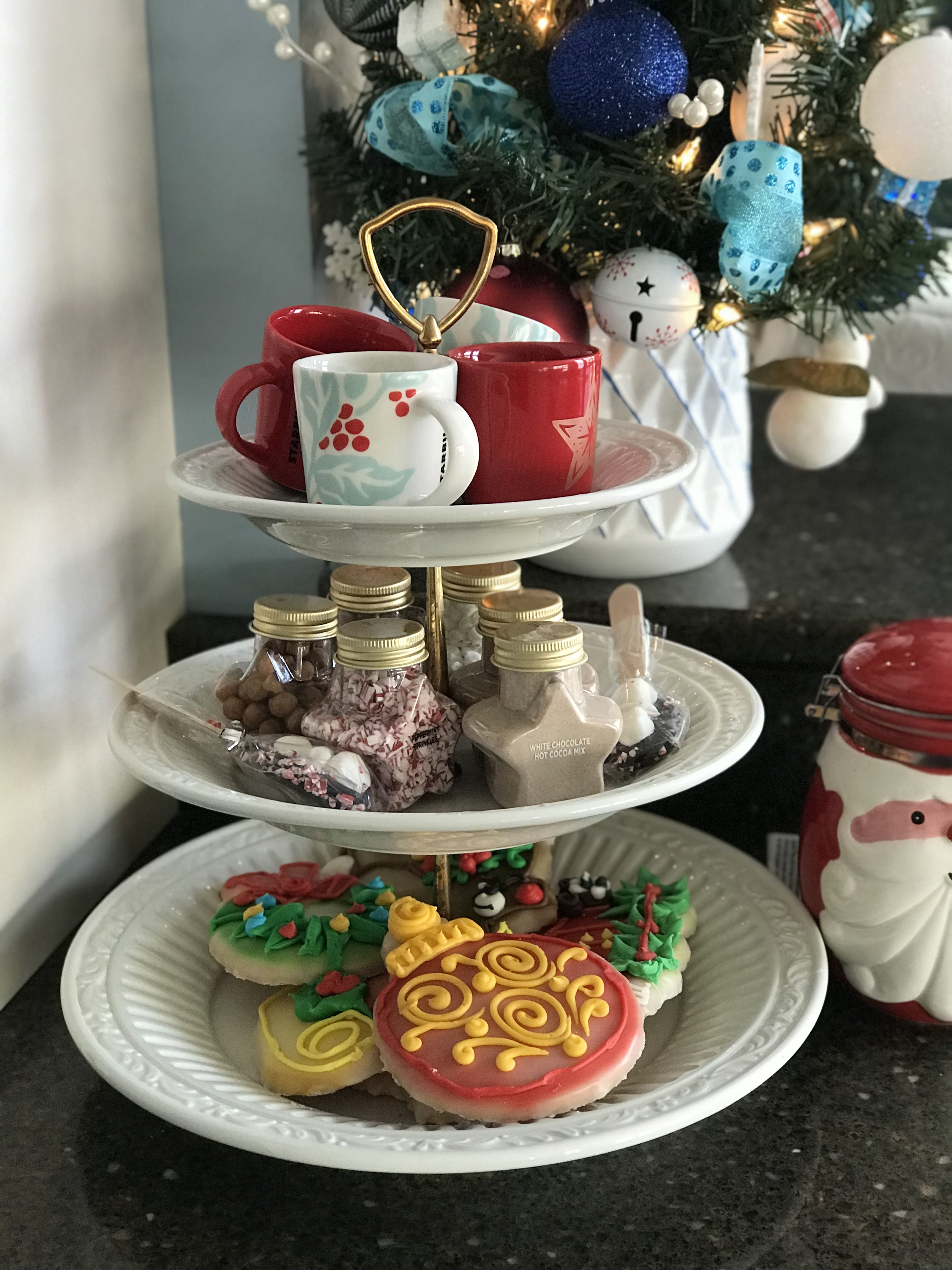 Pin By Carrie White On Christmas Tiered Cakes Tiered Cake Stand Cake Stand