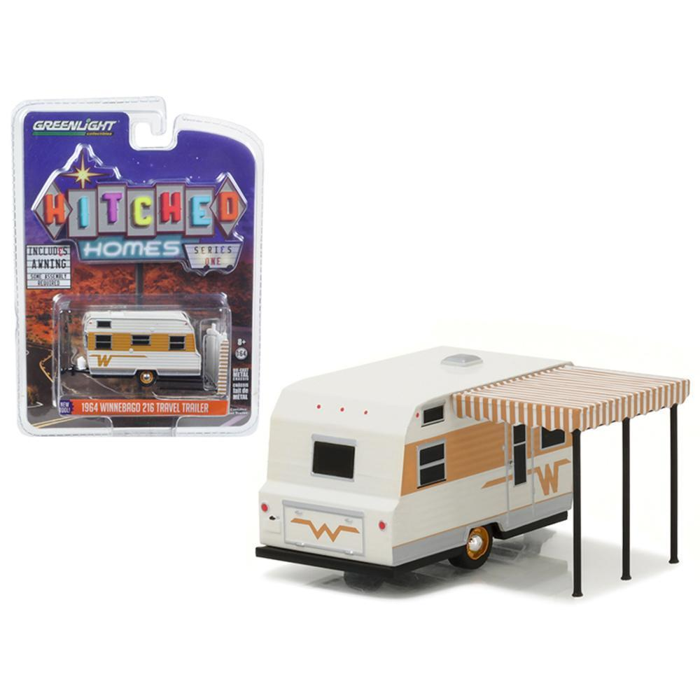 1964 Winnebago Travel Trailer 216 White And Gold 1 64 Diecast Model By Greenlight Model Trains Travel Trailer Model Train Layouts