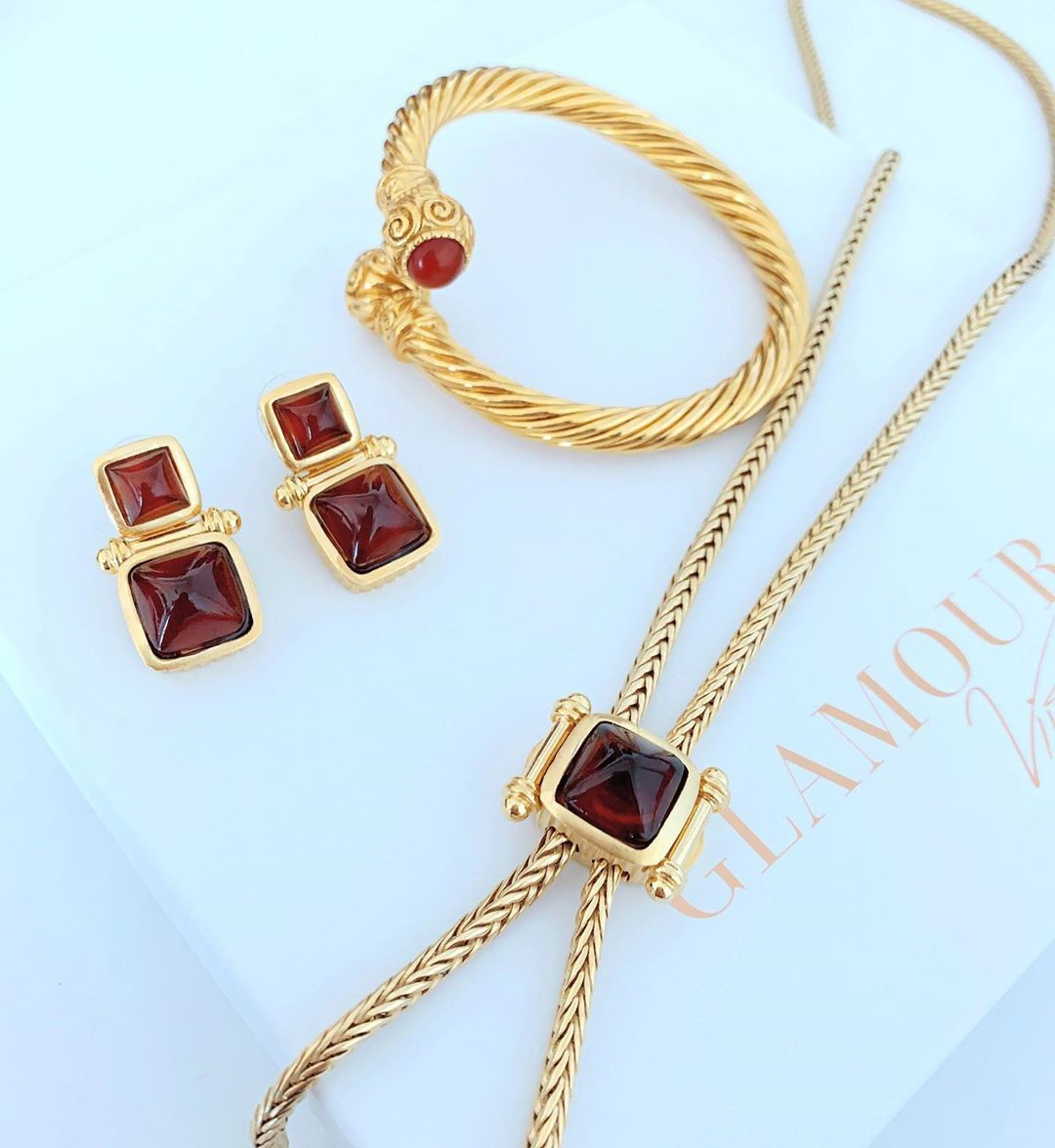 Sold Eid Collection For Your Orders Dm Or Watsapp 00971551600452 Cash On Delivery For Clients 2 3 Working Days For Gold Necklace Jewelry Necklace