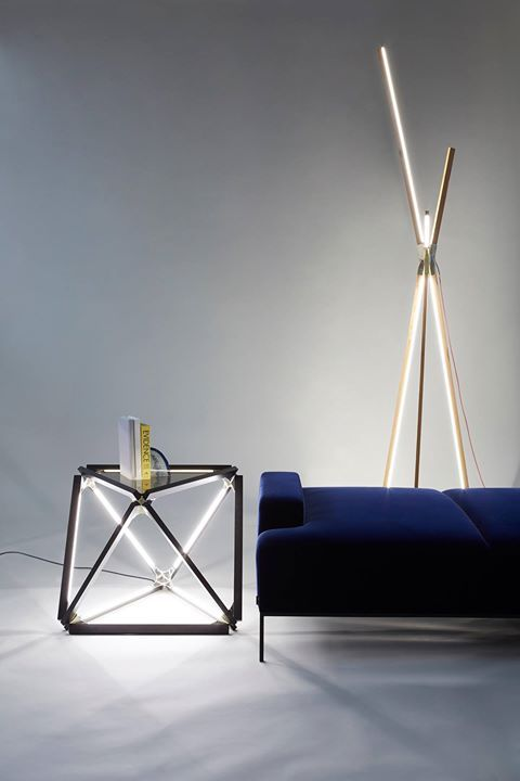 Two Foot Long Dimmable Bulbs Arranged In A Single Octagonal Closed Shape Using Polished Cast