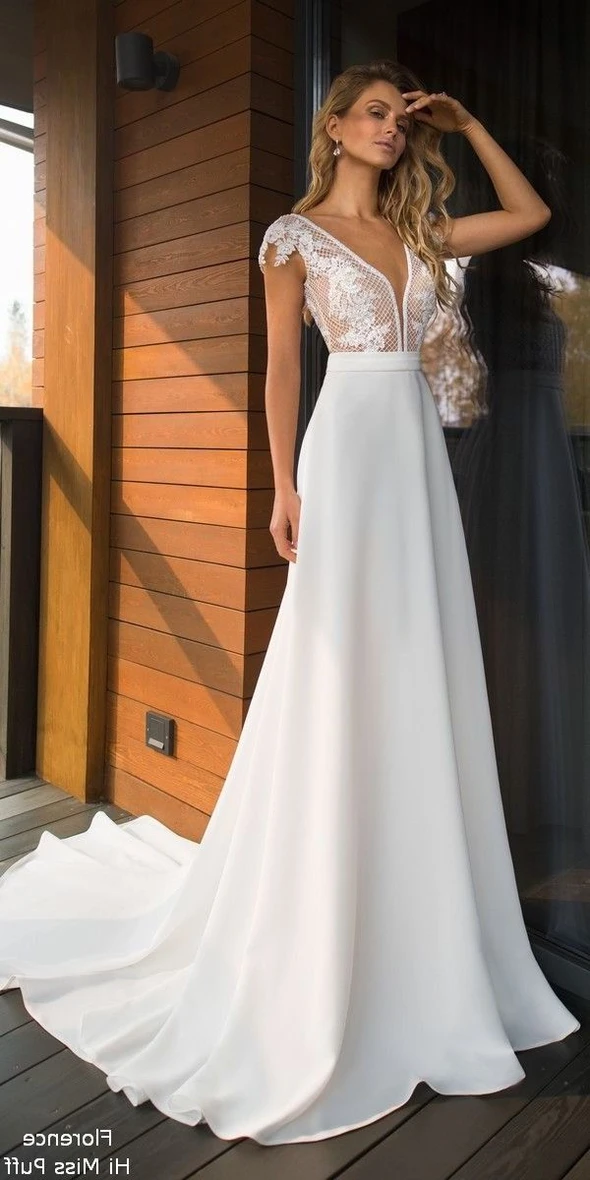 Fashion And Beautiful 80s Wedding Dress For Girl In 2020 Wedding Dresses For Girls Backless Bridal Gowns Casual Wedding Dress