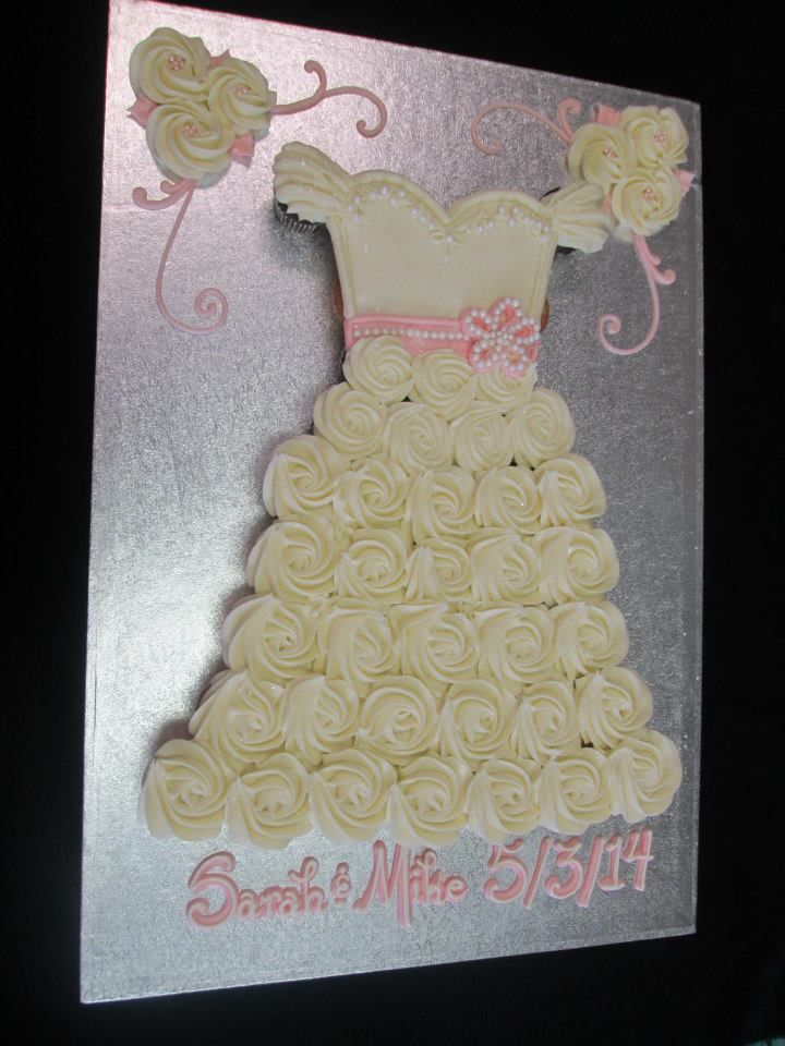 Pull Apart Wedding Dress Cupcake Cake