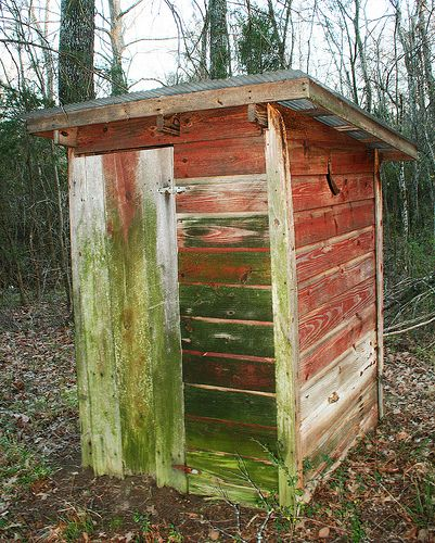 Outhouse In 2020 Shed House Plans Outside Toilet Outhouse Decor
