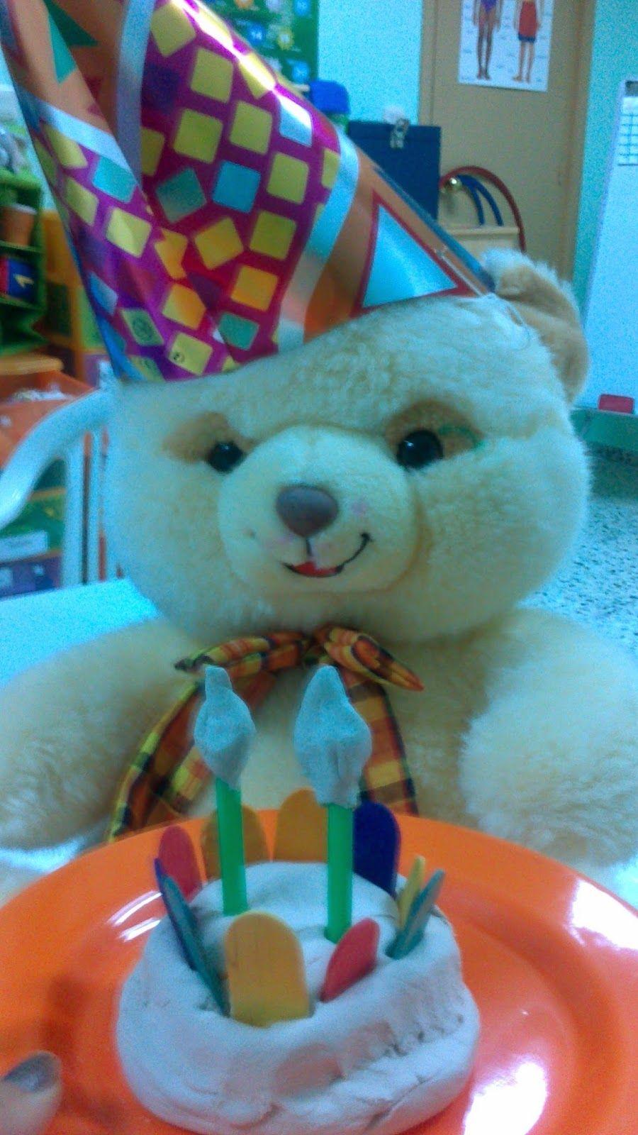 celebramos el cumpleaños de Pepito con juego simbólico. Sácale partido a la actividad en: http://www.trebolito.com/2014/05/celebramos-el-cumpleanos-de-pepito.html