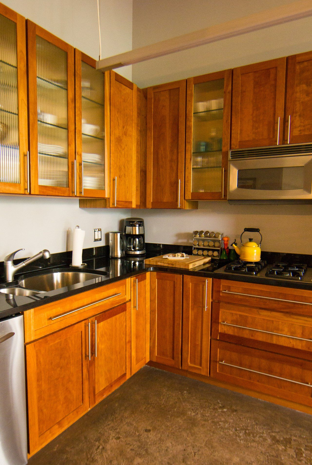 Kitchen Cabinets Factory Seconds With The Rev A Shelf Appliance Lift It Only Takes Seconds To Raise Your Heavy Duty Mixer And O Kitchen Remodel Small Kitchen Remodel Layout Diy Kitchen