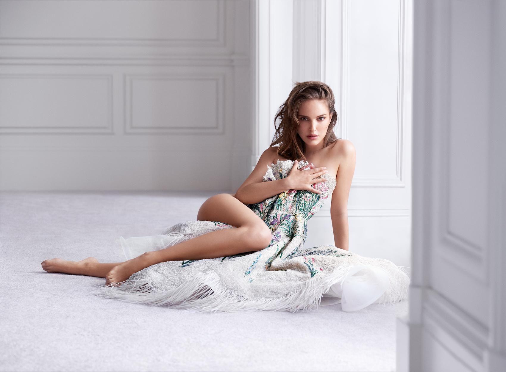 Cleavage Natalie Barrett nude (13 photos), Topless, Sideboobs, Instagram, cleavage 2020