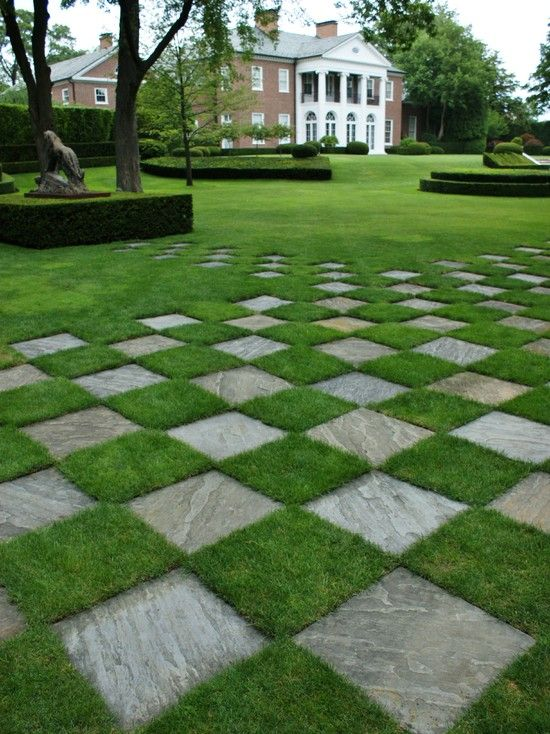 pavers & lawn formal garden design