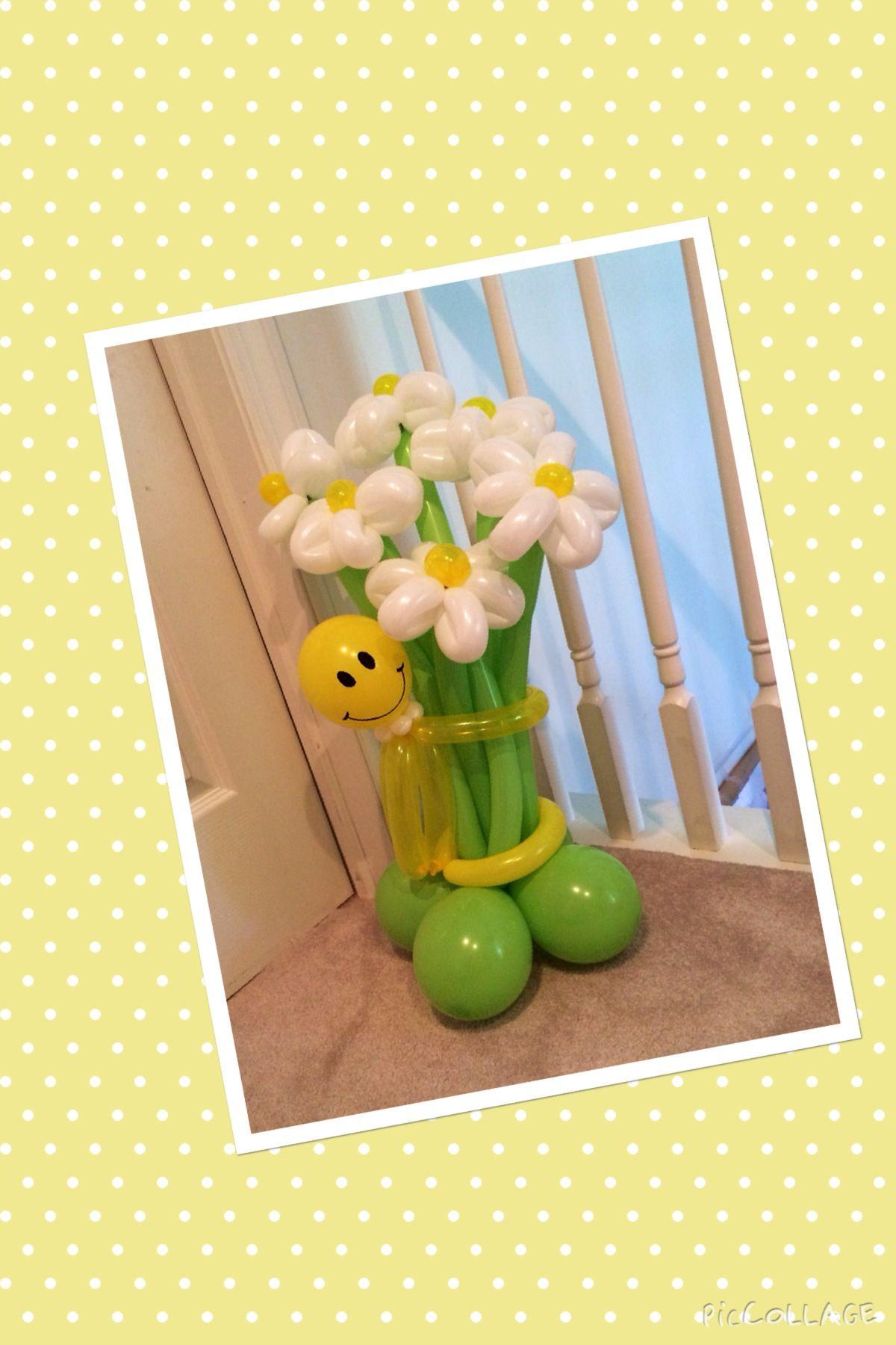 Smiley face flower balloon bouquet balloonatics llc creations smiley face flower balloon bouquet izmirmasajfo
