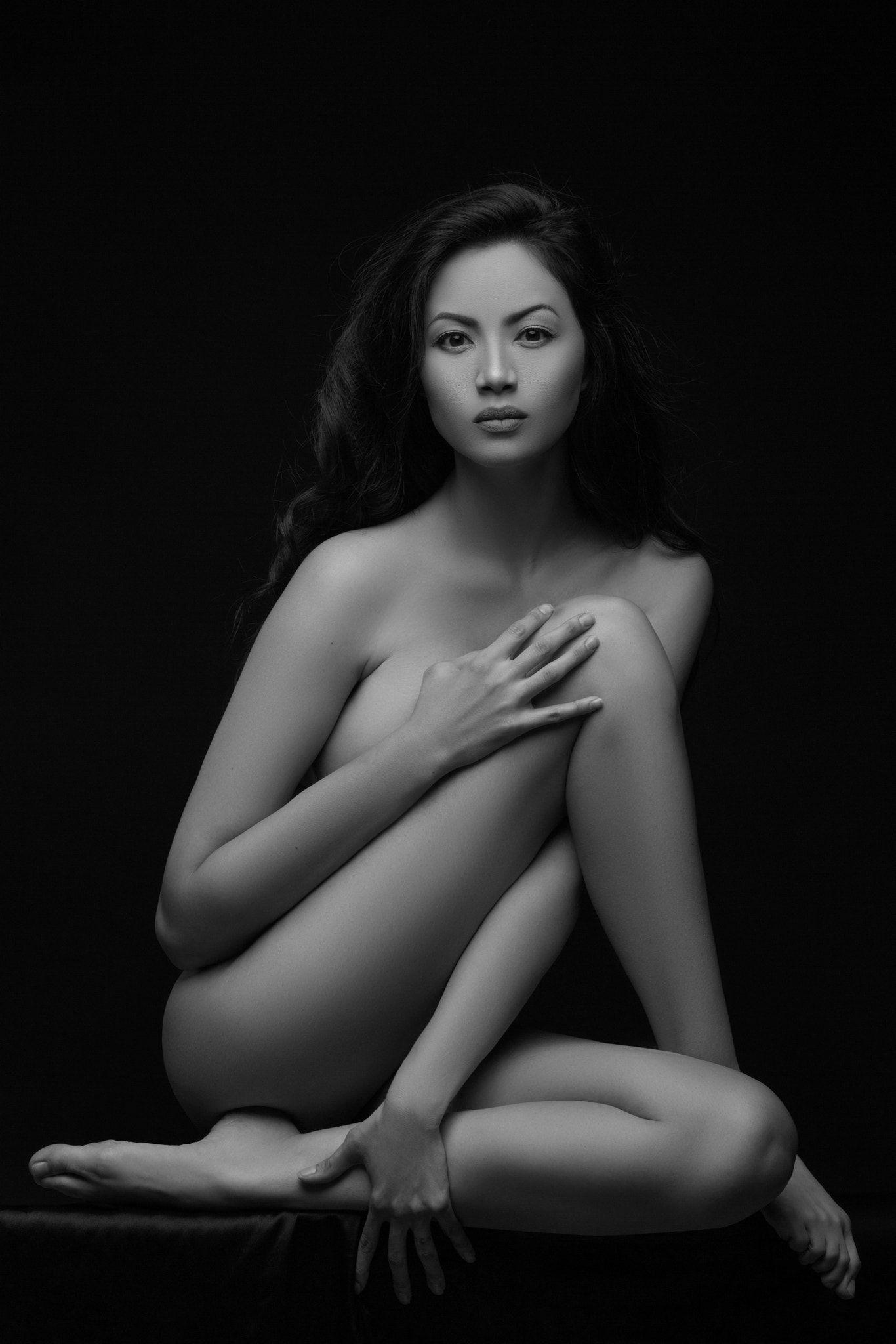 Fine Art Nude Model 93