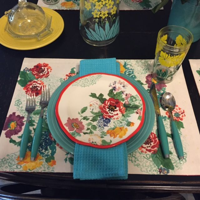 Sunflower And Turquoise Fiesta Combined With Pioneer Woman S Dishes And Placemats From Walm Pioneer Woman Dishes Pioneer Woman Dishes Walmart Fiesta Dinnerware