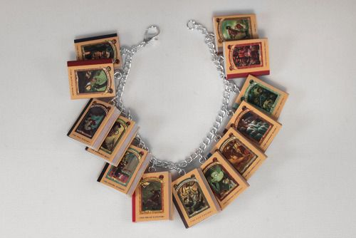 little literature jewelery