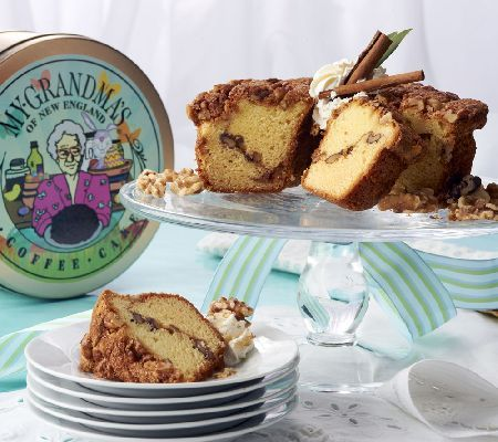 Coffe Cake in an Easter tin. Perfect as a gift or as a dessert for your own Easter gathering!