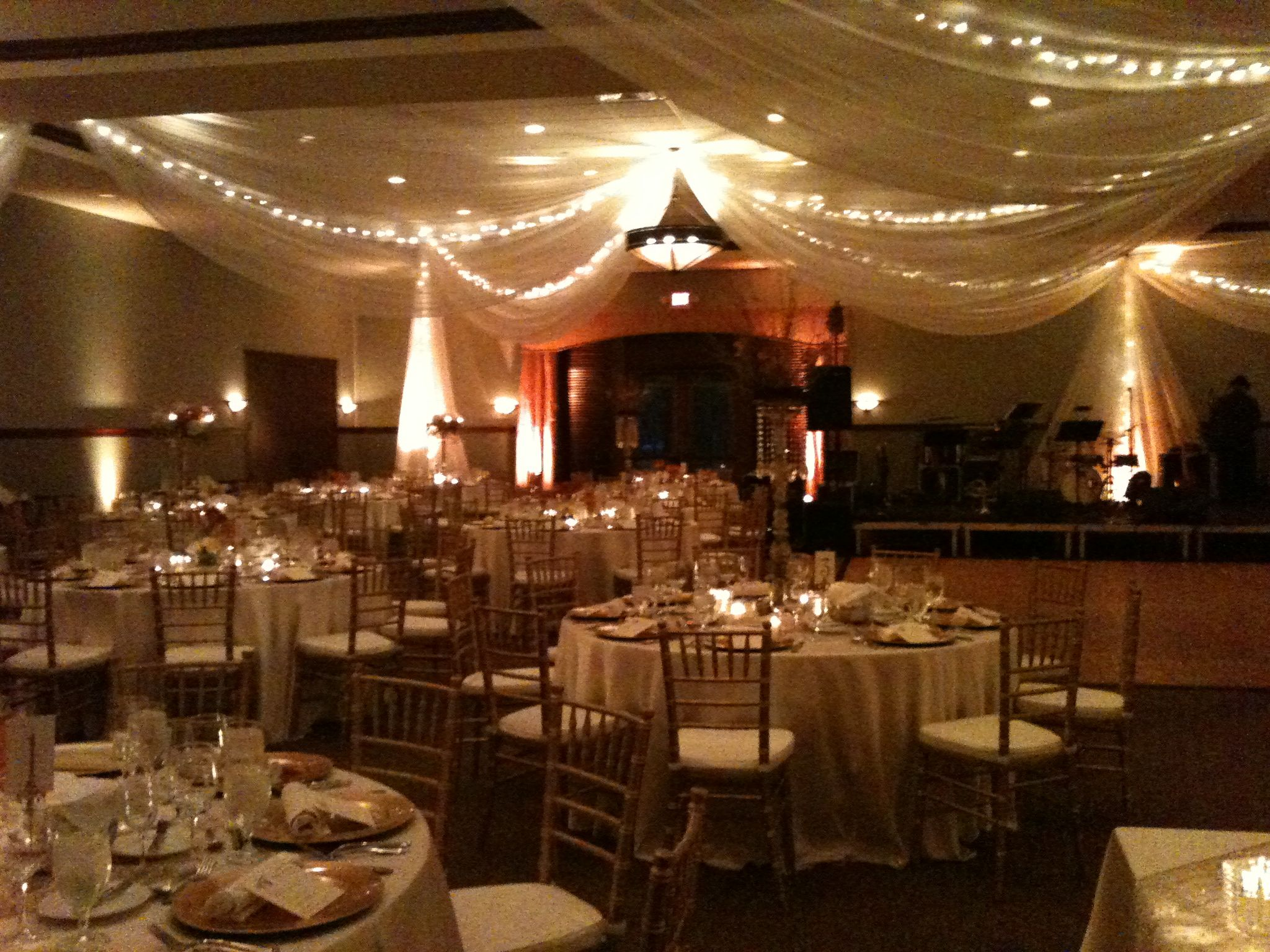 Beautiful wedding dinner