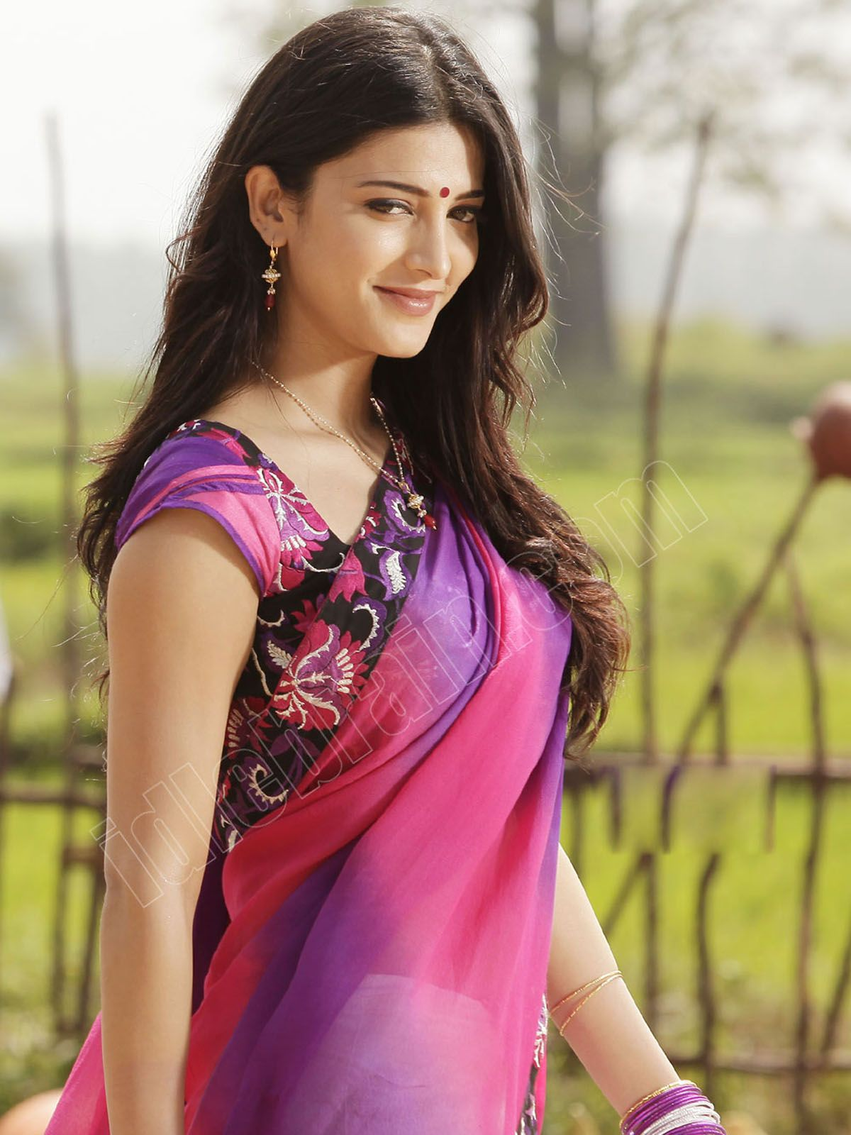 shruti hassan full hd background | wallpapers | pinterest | hd