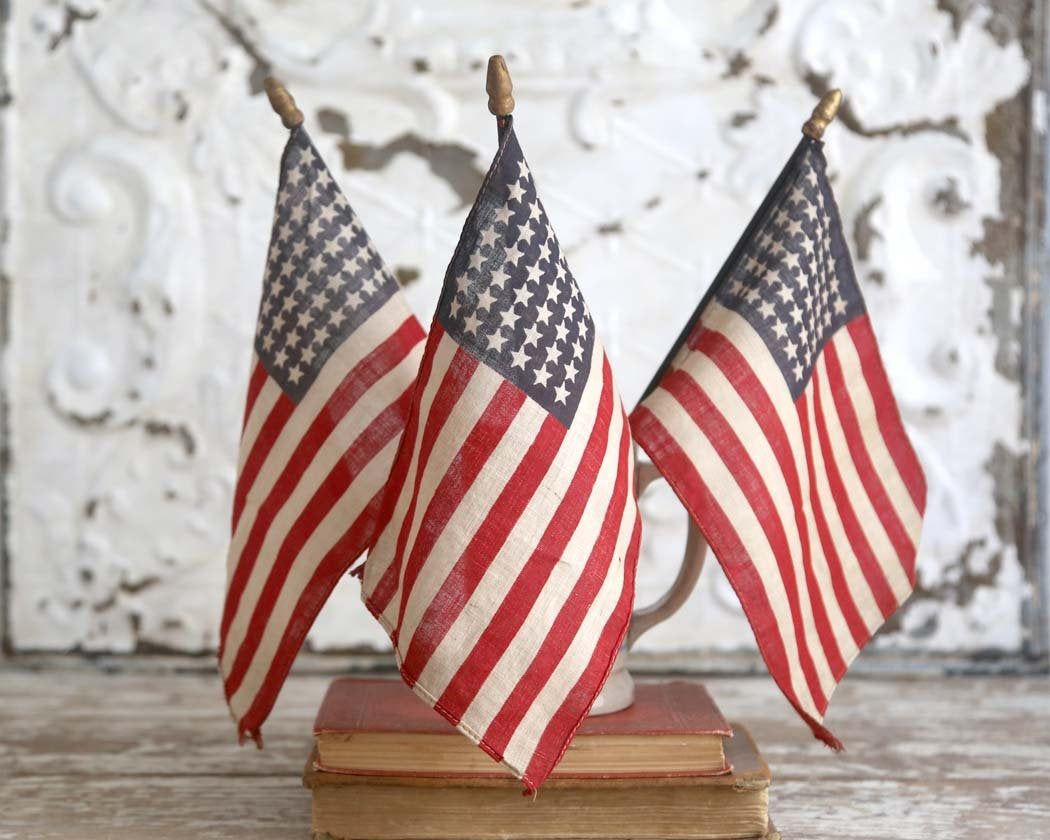 48 Star American Flags Antique Parade Flags Set of 3 Old   Old american flag,  Americana decor, American flag
