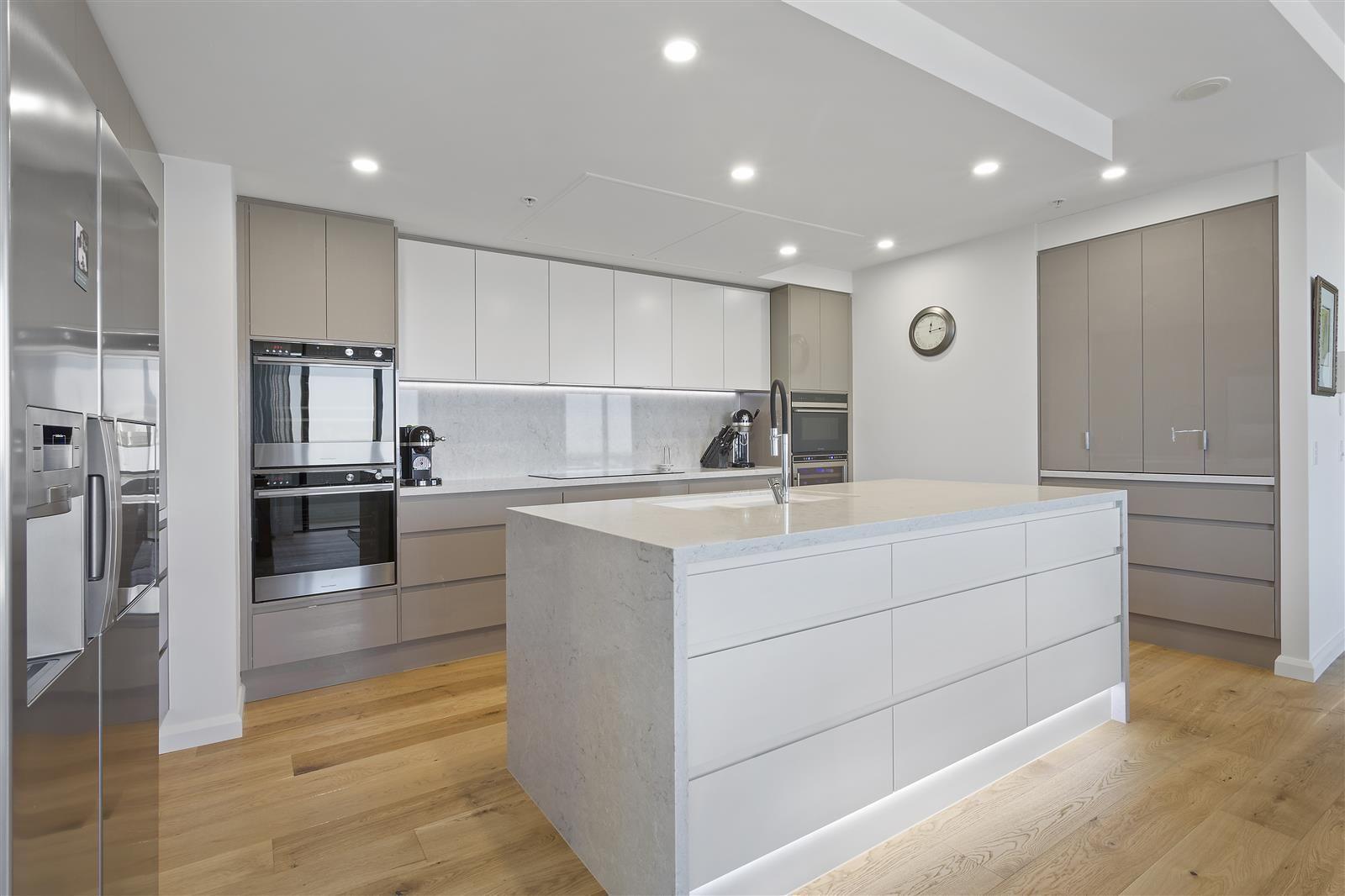 Unit Penthouse Renovation Gold Coast In 2020 Home Appliances