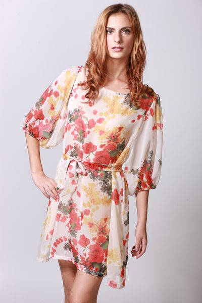 Balloon sleeves with floral prints..