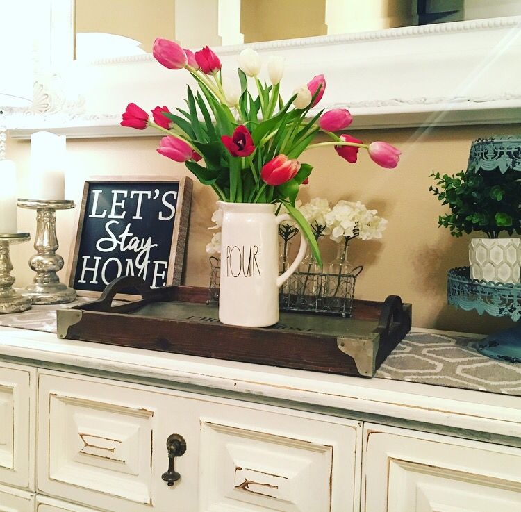 35 Fresh White Kitchen Cabinets Ideas To Brighten Your: My Rae Dunn Pour Pitcher With Fresh Tulips To Brighten Up