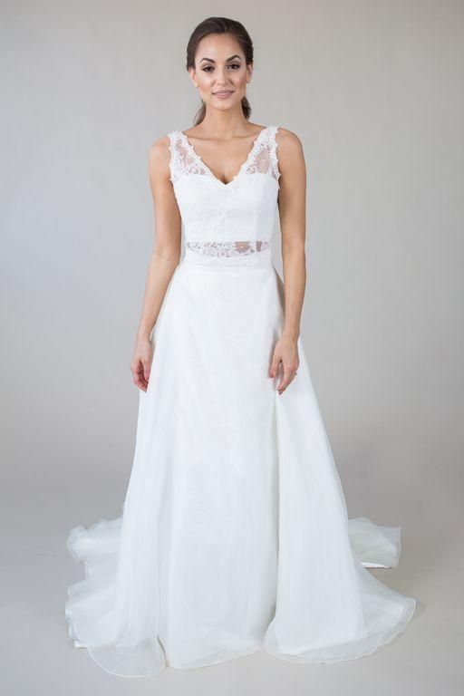 Trendy  V Neck Lace Top Kristen Skirt Birmingham Wedding Dresses Vintage Lace Simple