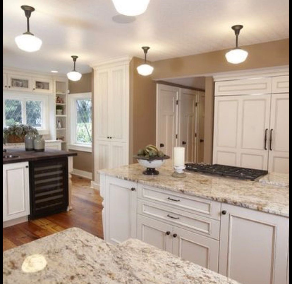 Cotton White Cabinets Kitchen Cabinets And Granite Antique White Kitchen Antique White Kitchen Cabinets