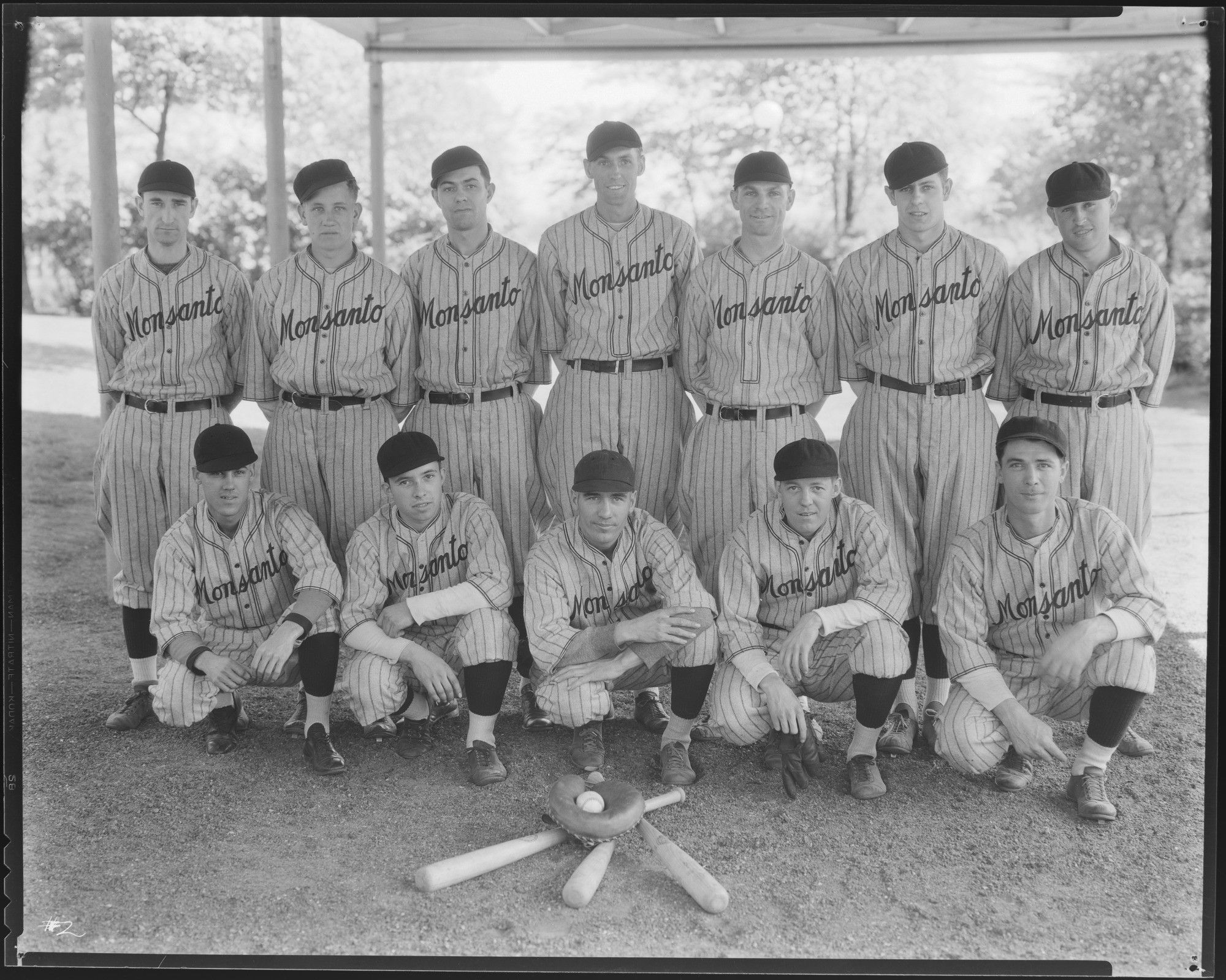 Monsanto Chemical Works Baseball Team Posed At Jones Park In East St Louis Illinois Photograph Taken By Harold Snec East St Louis Historical Society History