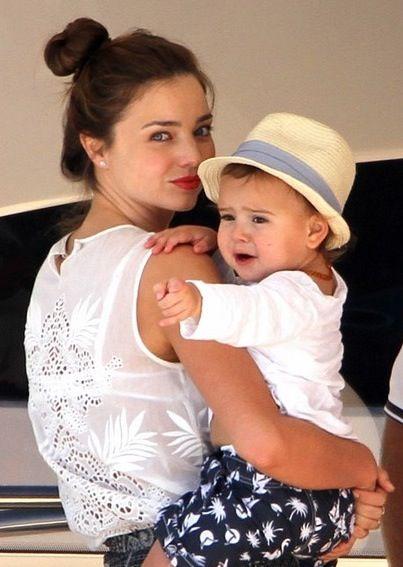 Miranda Kerr and little Flynn!