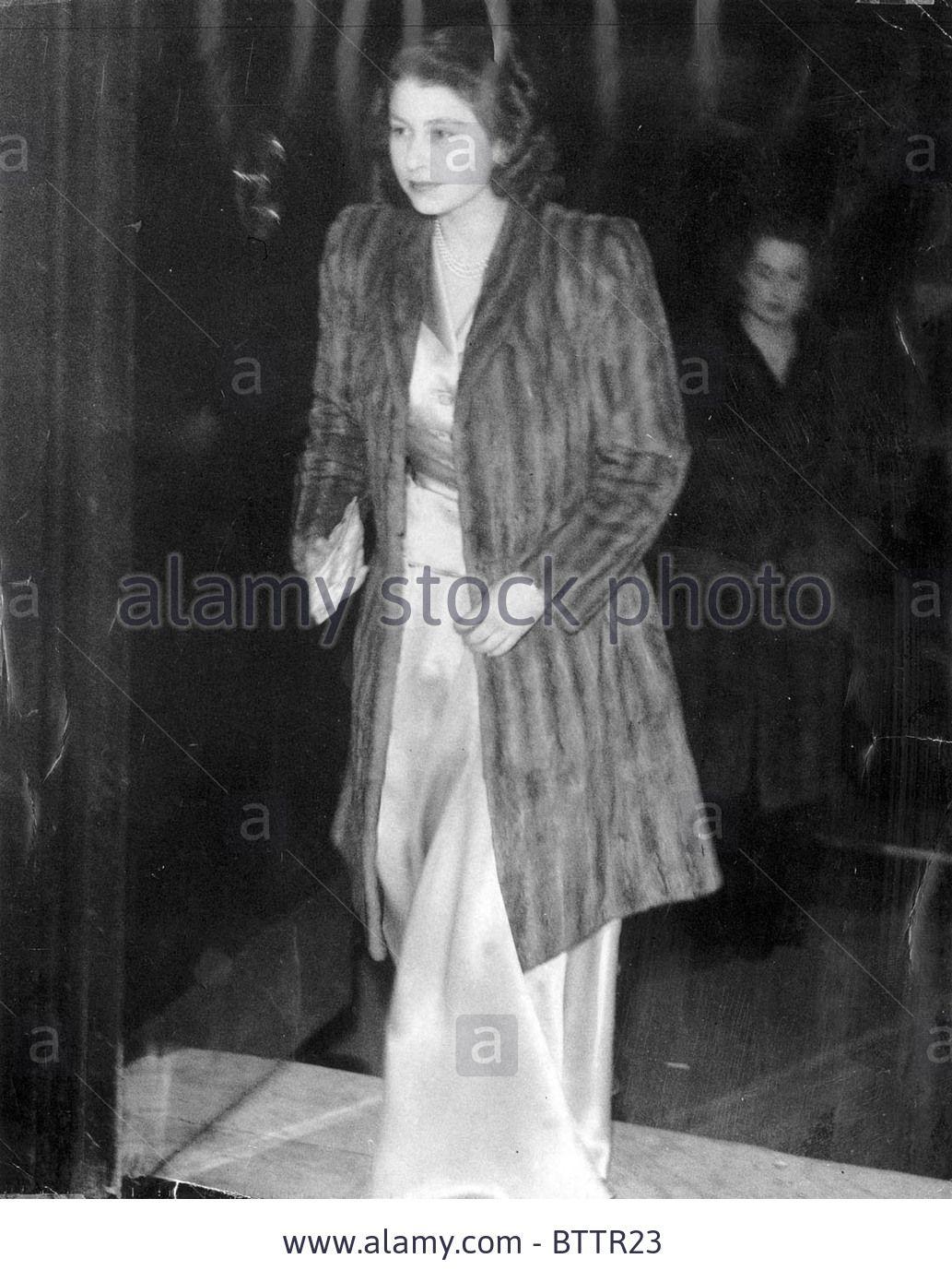 http://c8.alamy.com/comp/BTTR23/fur-coat-clad-princess-arriving-at-ciros-night-princess-elizabeth-BTTR23.jpg