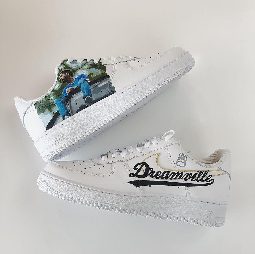 Pin on Custom NIKE Sneakers | CREPPED