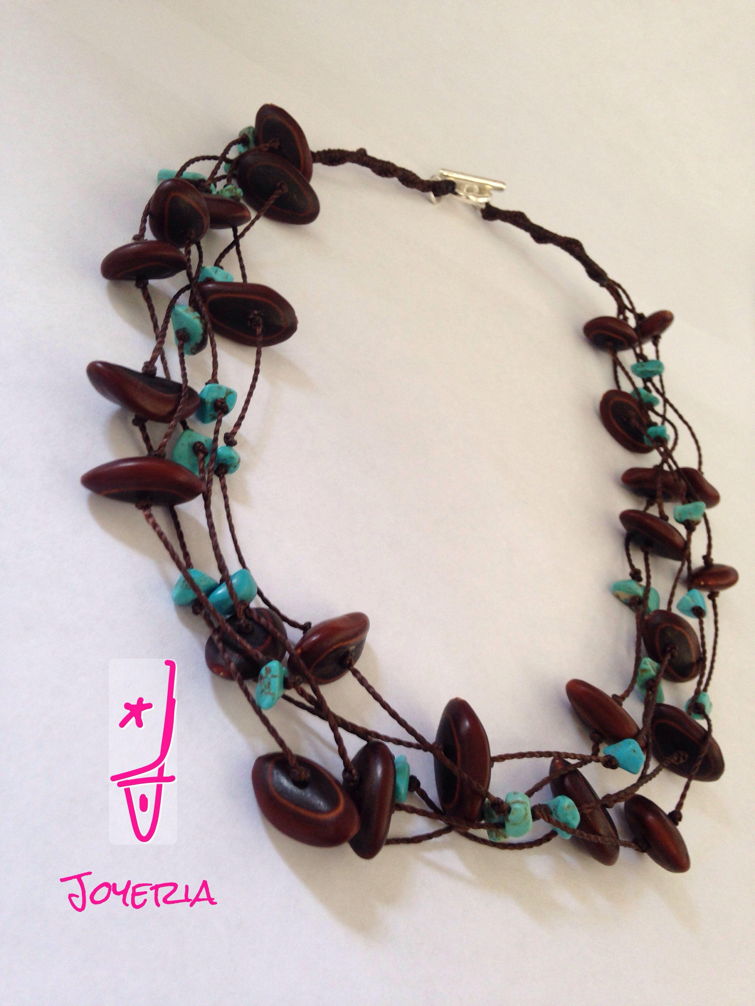 f2e60a8a3857 Collar de semillas de Guanacaxtle y piedra turquesa. Oaxaca mexico Collares  Largos