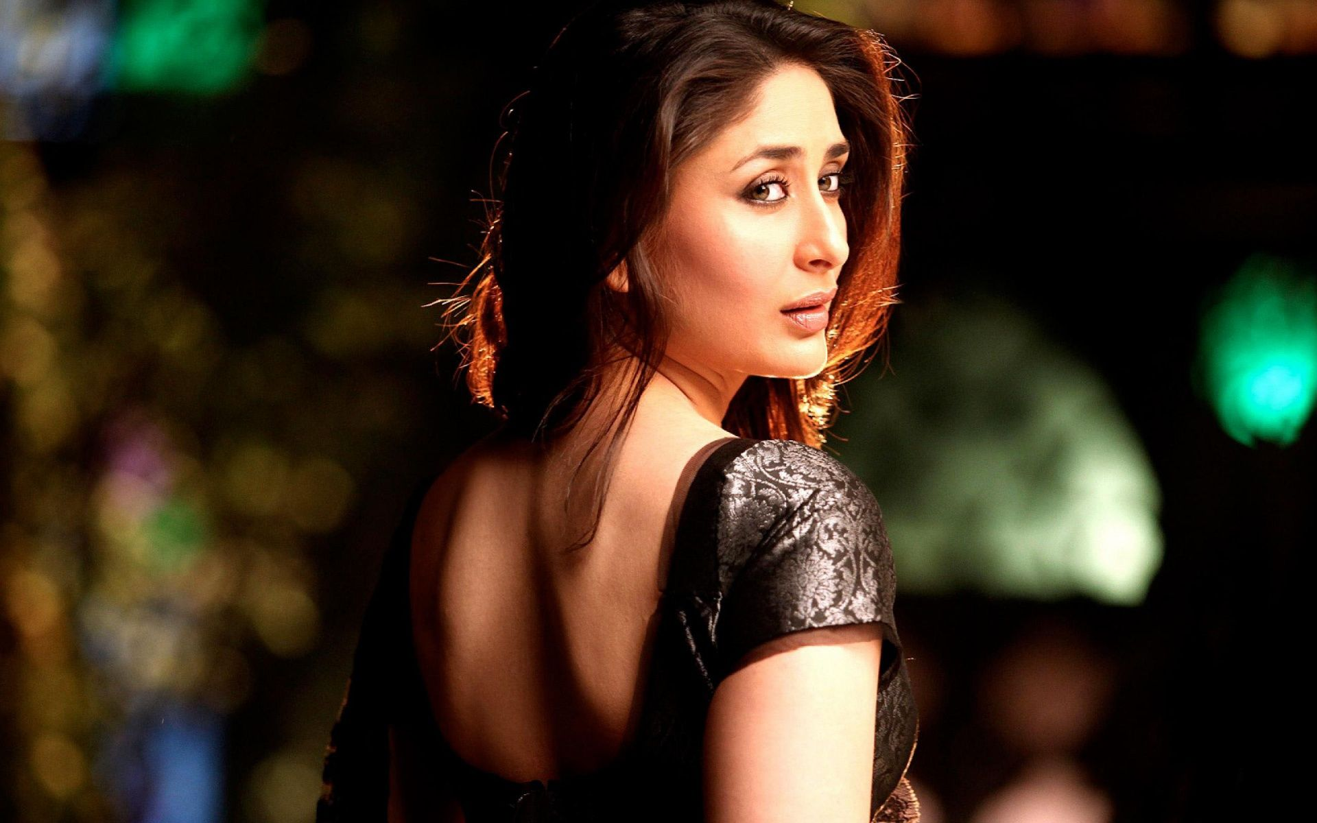 Kareena kapoor hd wallpapers find best latest kareena kapoor hd wallpapersin hd for your pc - Pc wallpaper hd bollywood ...
