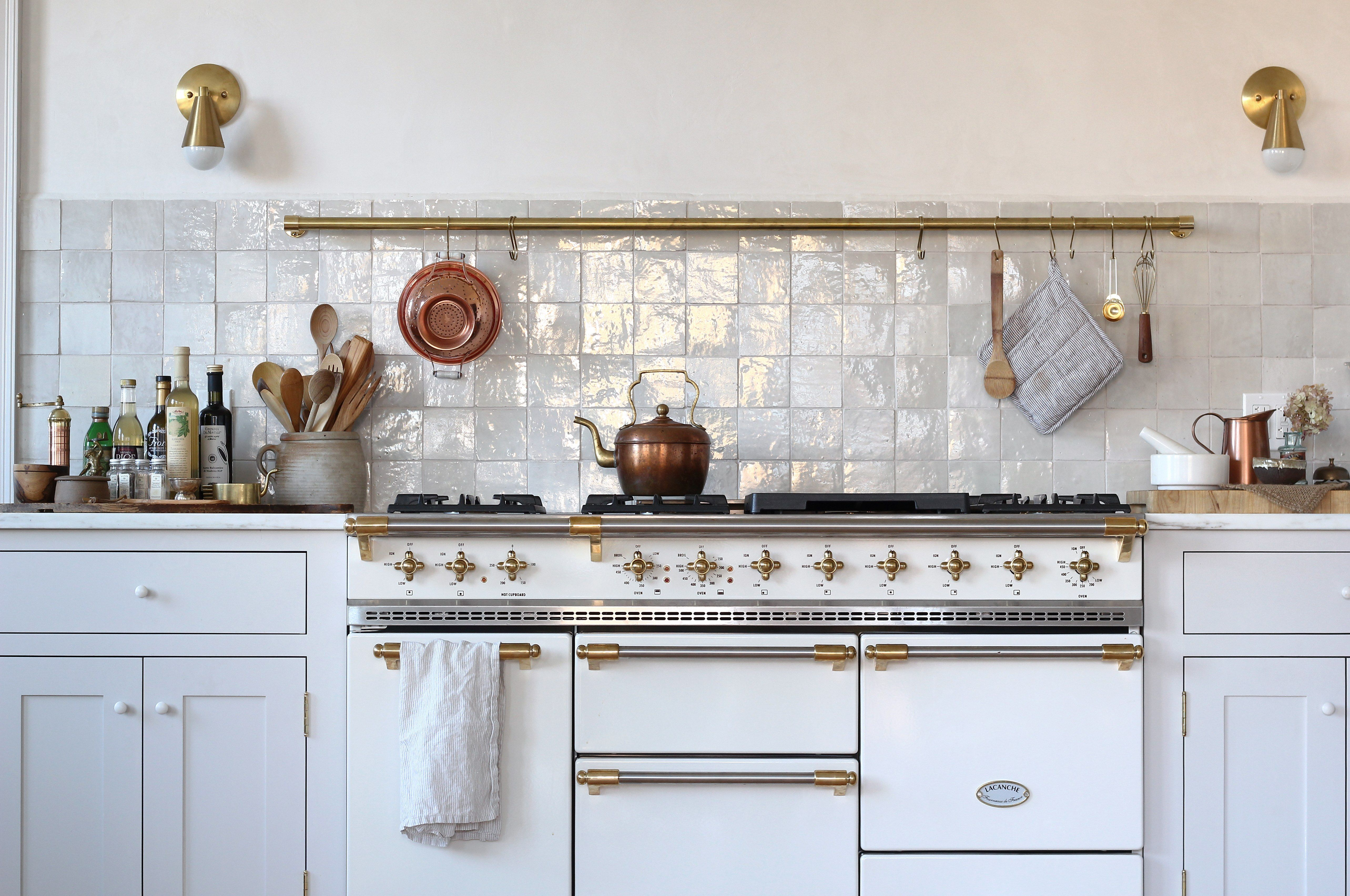 New house remodel in maine by jersey ice cream co glam - Cocinas bonitas ...