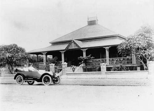 Hazelton Ferry Street Maryborough Ca 1930 Hazelton Was The Residence Of Mr And Mrs W J Tarrant Mr Tarrant Fo Maryborough Villa Residences Display Homes