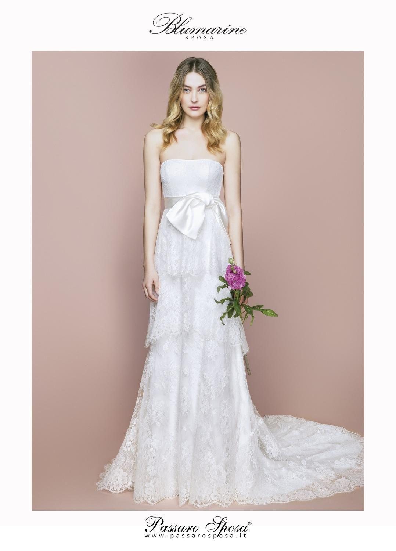 e5f0b4ec5107 Scopri gli abiti da sposa Blumarine 2018 di Anna Molinari. La bridal  collection Blumarine 2018
