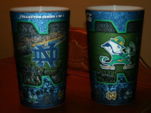RARE Pair Two 2 NOTRE DAME IRISH FOOTBALL Hologram Drinking soda/beer CUPS cup