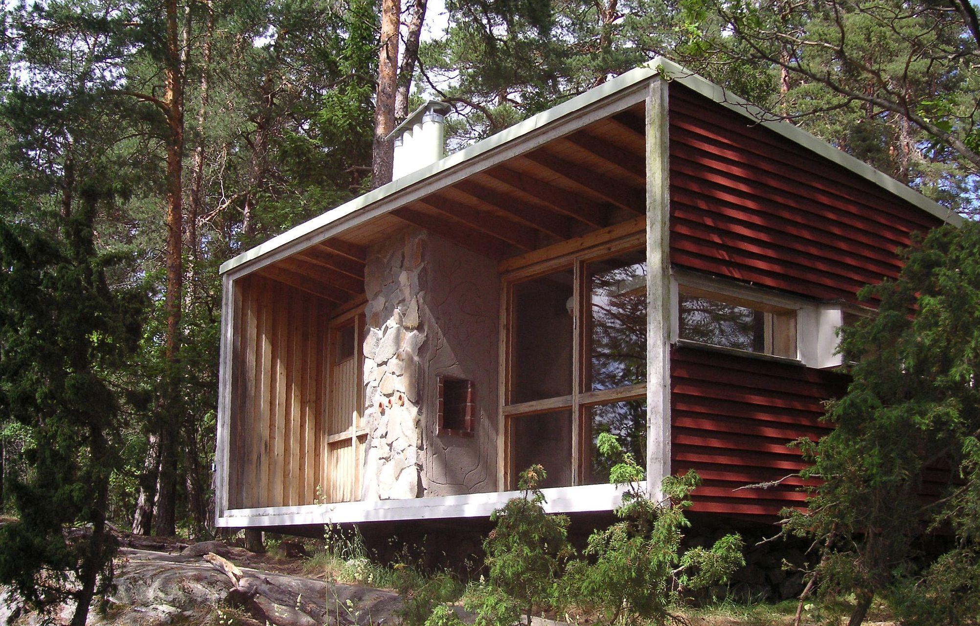 Lådan (the Box) Erskine's first home south of Stockholm, built 1941–42, rebuilt 1989 on Lovö.
