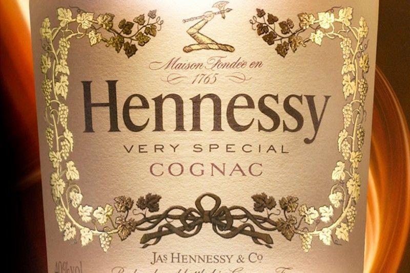 On The Nose Hennessy Very Special Brings Together An Intense And Fruity Character With Oaky No Custom Wine Bottle Labels Hennessy Very Special Cognac Hennessy