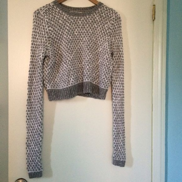 Abercrombie and Fitch soft grey/white sweater Nice soft sweater, warm even though it has a hole pattern. Worn a few times, still perfect condition Abercrombie & Fitch Sweaters