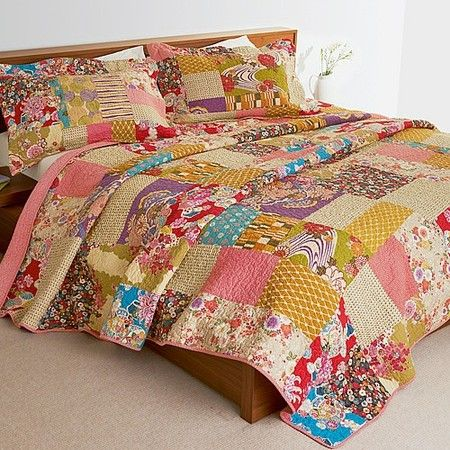 Isumi Patchwork Bedspread Pair Of Pillowcases Culture Vulture