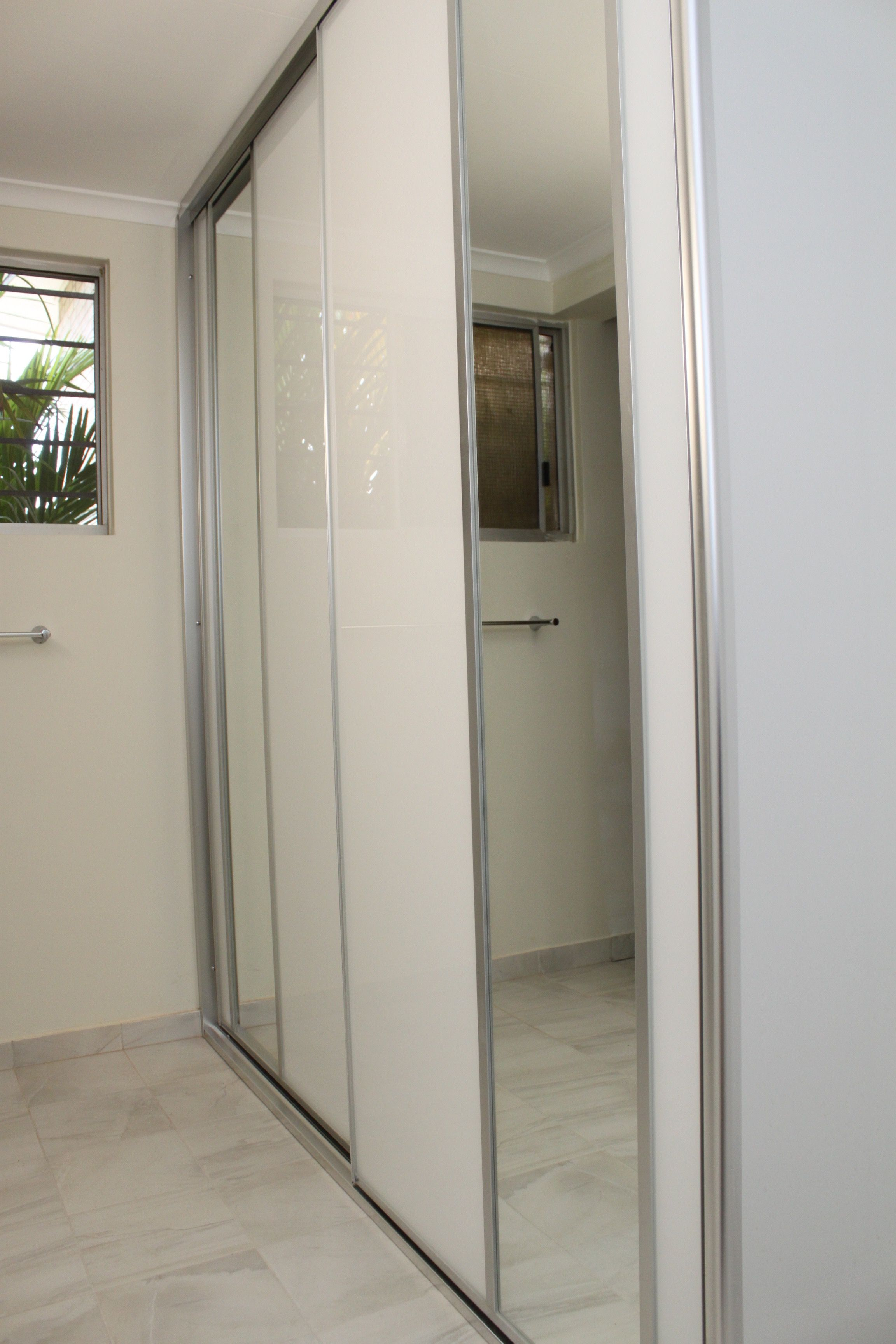 Cupboard Sliding Doors For Wet Areas Super White Clear Glass With