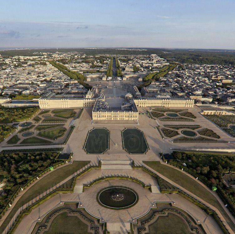 Vue d 39 ensemble du ch teau des jardins et de la ville de - Jardin du chateau de versaille ...