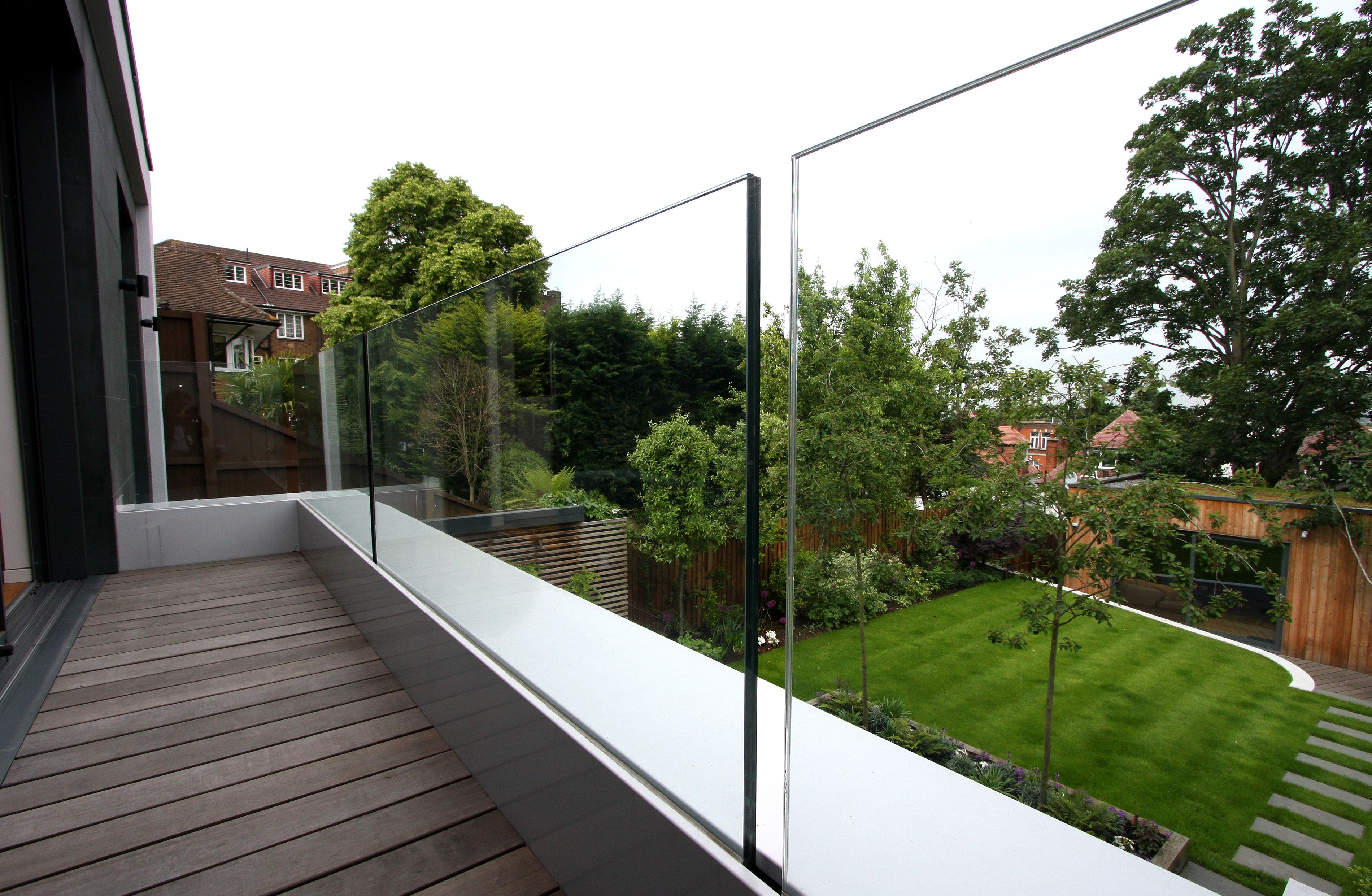 framelessglass balustrade to a first floor balcony to the