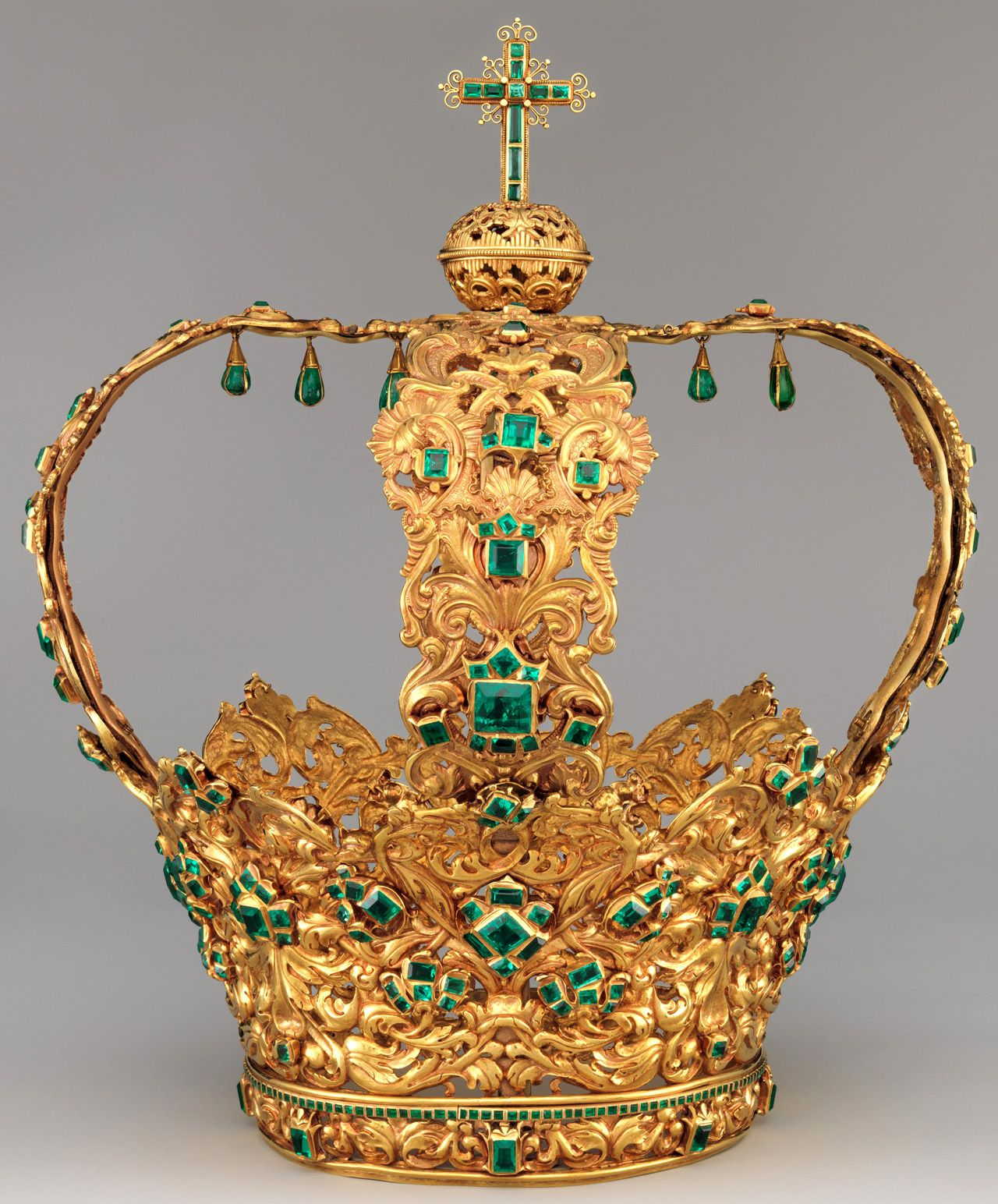 ufansius: The Crown of the Andes, made to be worn by an image of the Virgin of the Immaculate Conception in the cathedral of Popayán, Colombia circa 1660 (arches added circa 1770).