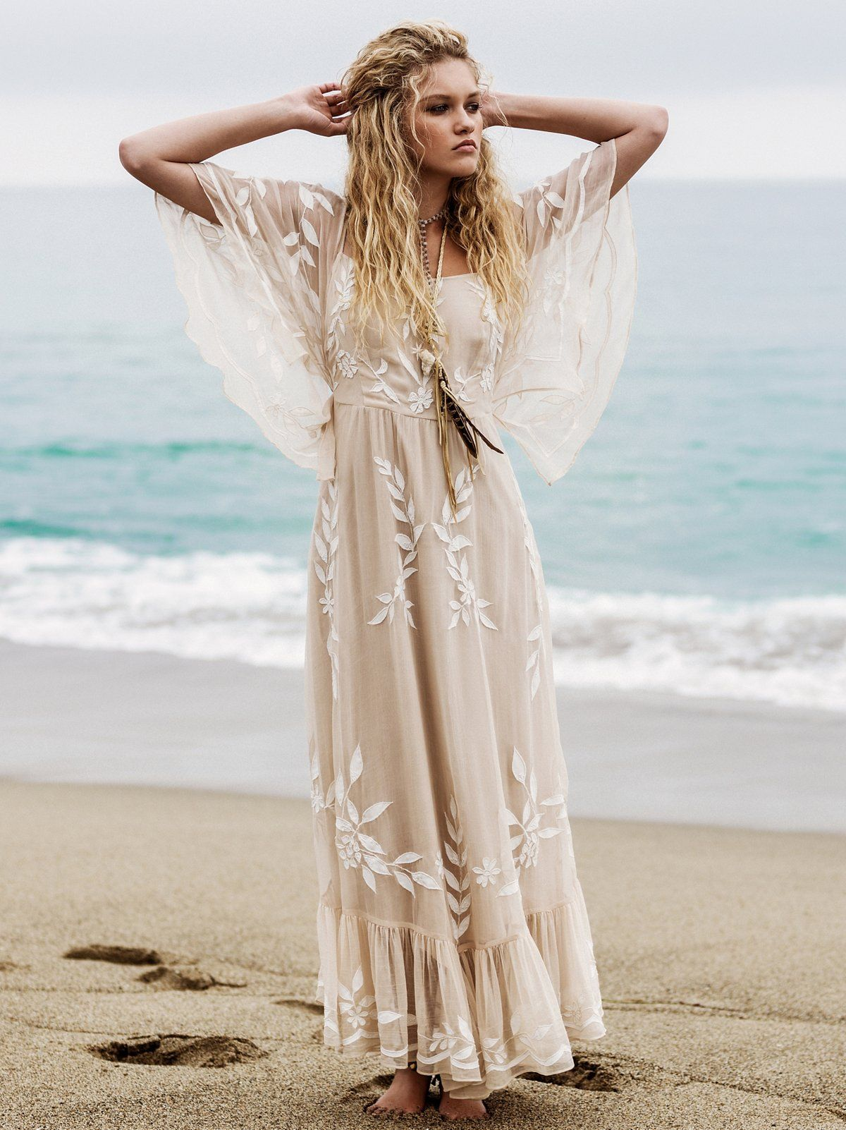 7a85b39dbb094 An awesome boho wedding dress selection for under $ 1000 you will ...