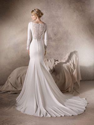 HAILEY - Vestido de novia en crepe, tul, hilo bordado y pedrería ...
