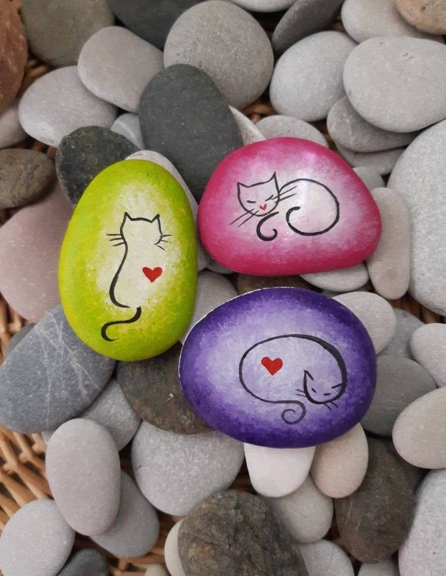 50 Best Painted Cat Rocks - Ideas and Images