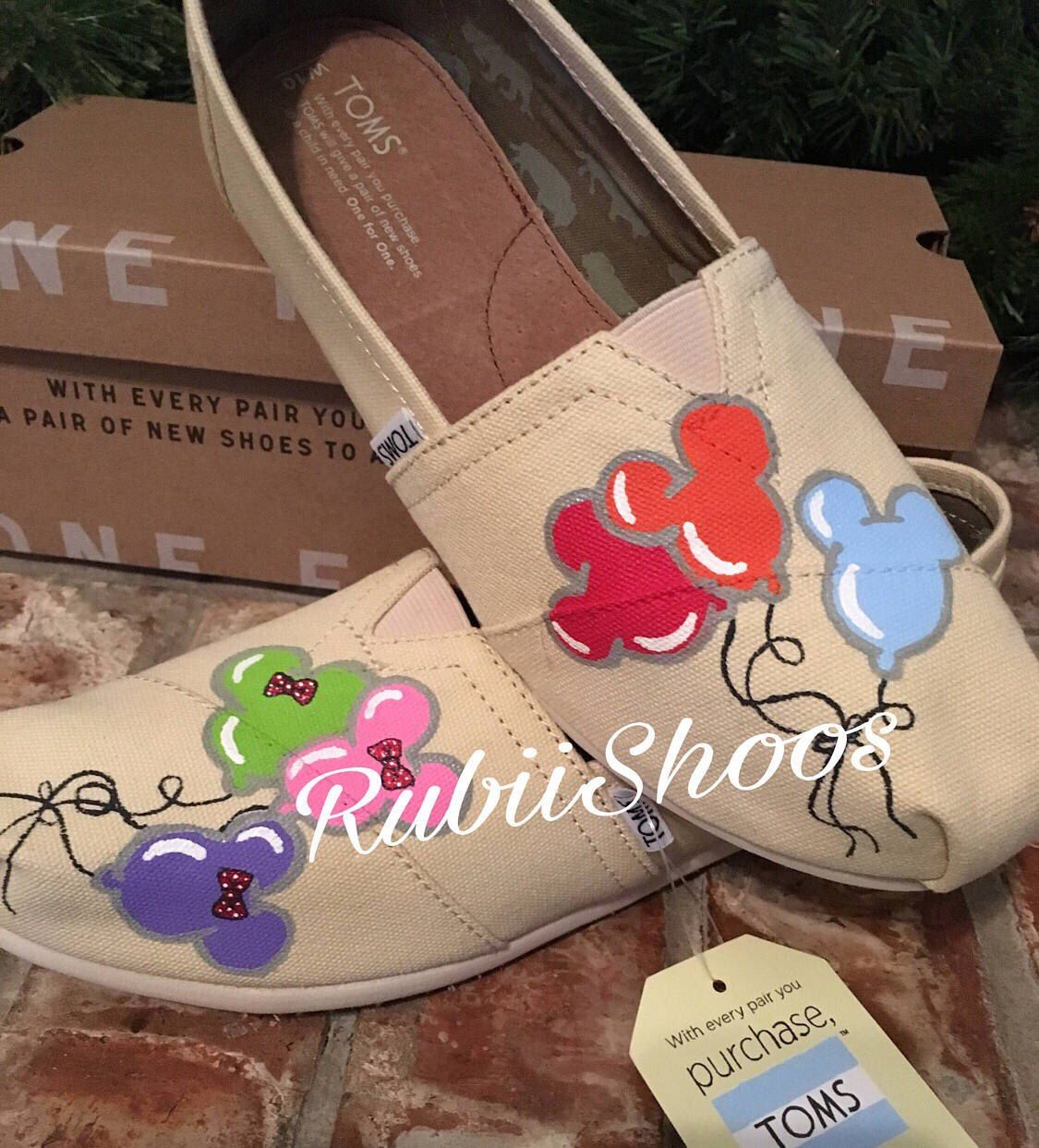 quality design 9ef88 ad00e Women's Toms- Balloons- Mickey Balloons- Minnie Balloons ...