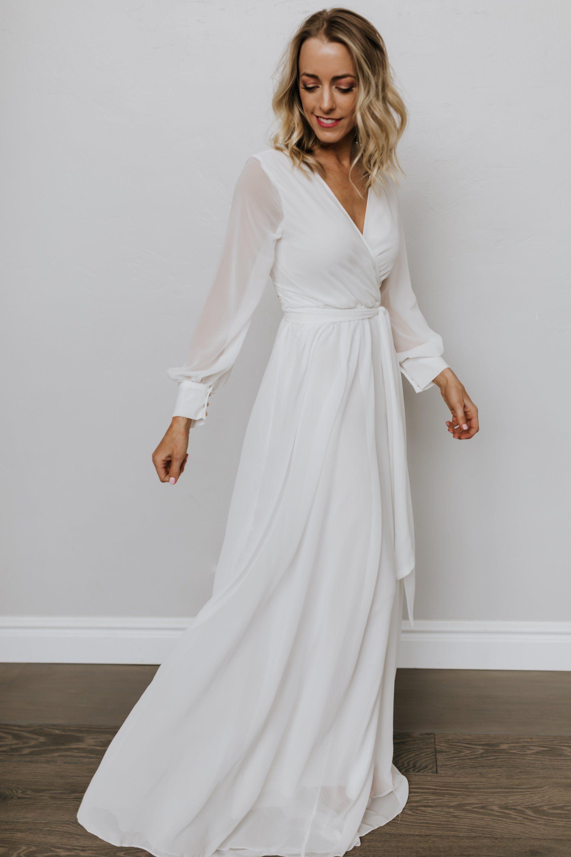 Lydia Off White Maxi Dress White Maxi Dresses Simple Maxi Dress White Maxi Dress Boho [ 3000 x 2000 Pixel ]